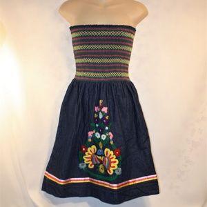 VaVa by Joy Han Dress S Smocked Denim Embroidery